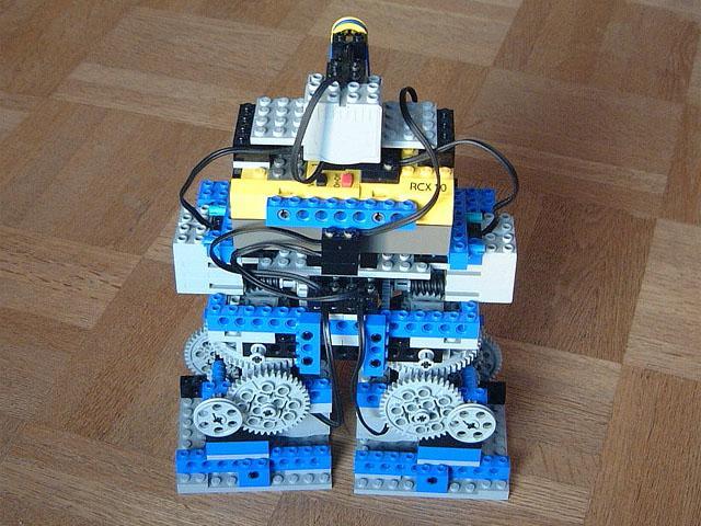 2足歩行ロボットその1